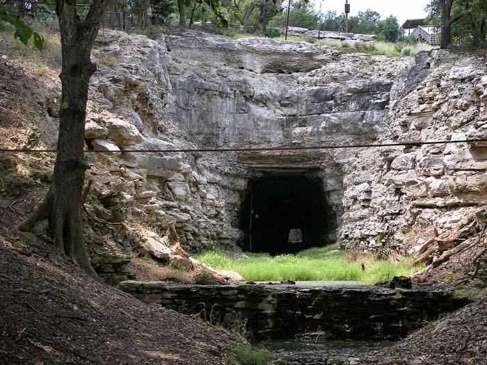 Old Tunnel State Park near Fredericksburg, Texas
