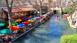 River walk in San Antonio is one of the best Austin day trips