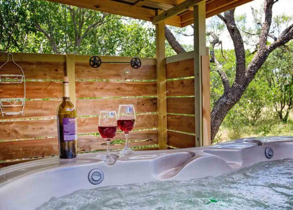Whitetail Oaks Texas Star Cabin is one of the romantic cabins in Texas