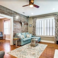Looking for where to stay in san Antonio? Then check out this Cozy Cottage One Block From Pearl Brewery