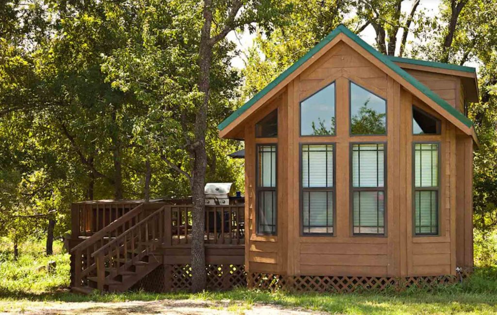 This Cabin in Brenham is one of the best cabins with Hot Tubs in Texas