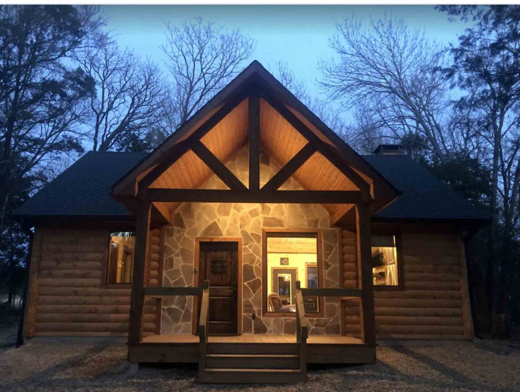 Log Cabin is one of the luxury cabins in Texas
