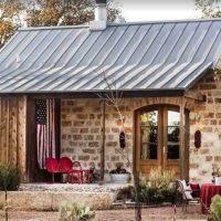 Romantic cabin in Fredericksburg, TX