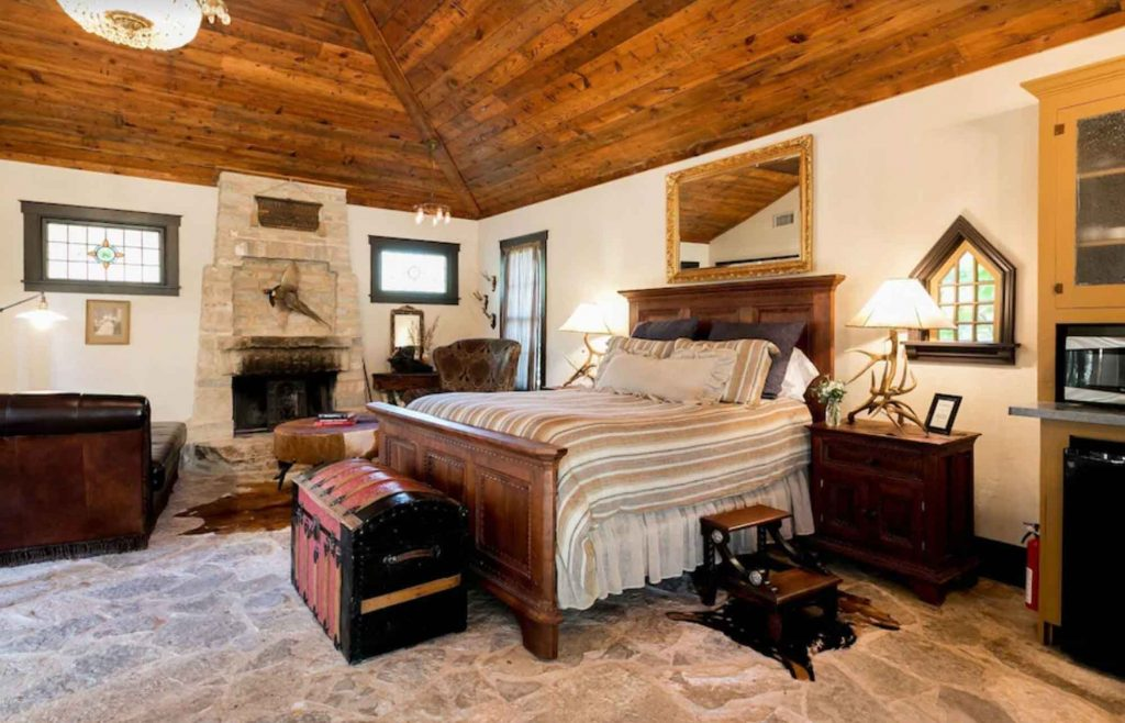 This Secluded cabin  is one of the Most Romantic Cabins in Fredericksburg TX