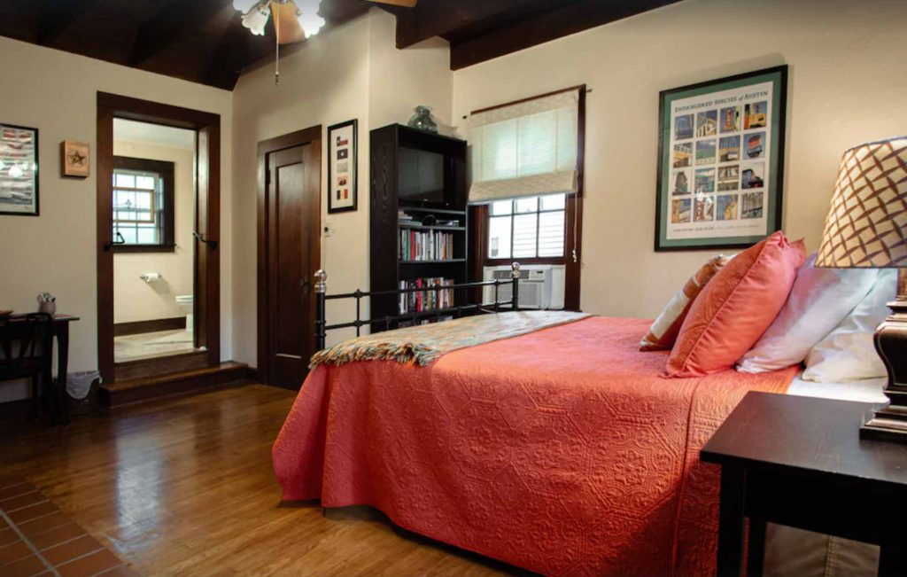 Looking for where to stay in Austin? Then check out this Suite in Historic Downtown Home