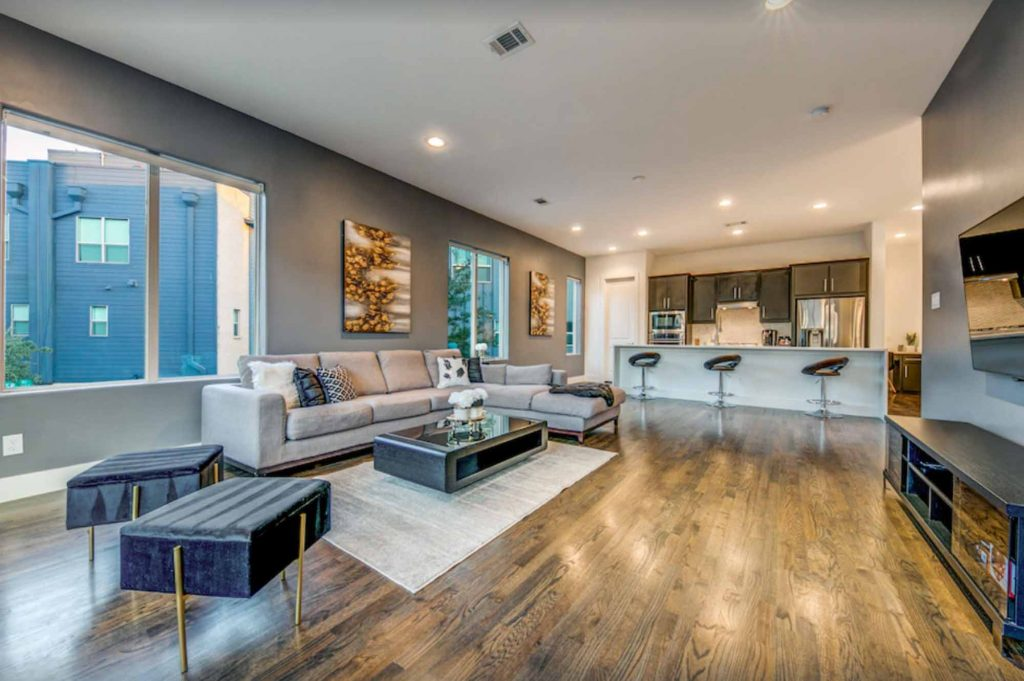 This Uptown Home with Downtown Views is one of the best vrbo in Dallas