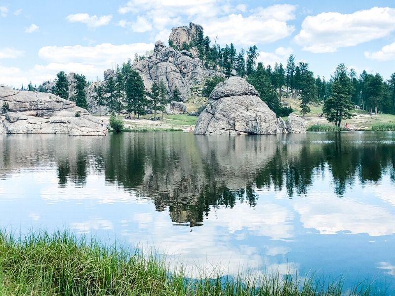 Black Hills, South Dakota is one of the best fall vacations in the USA