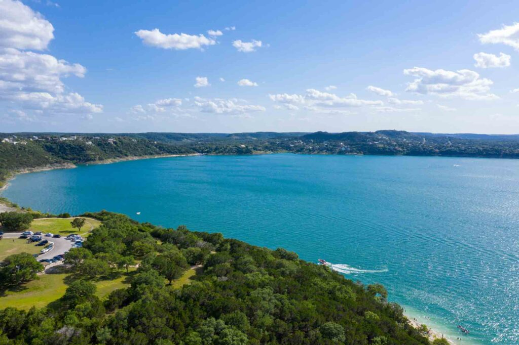 Going to the Canyon Lake Golf Club is one of the fun things to do in Canyon Lake, Texas