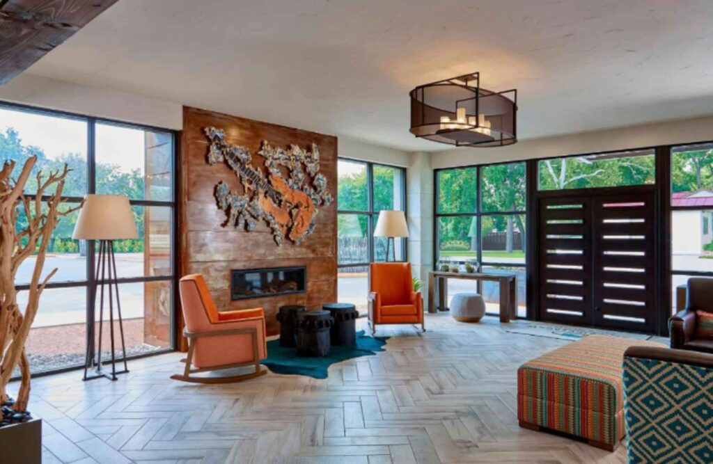 Looking for where to stay in Fredericksburg? Then check out Fredericksburg Inn and Suites