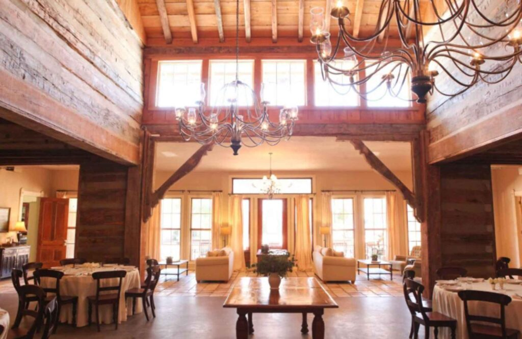 Where to stay in Fredericksburg? Then check out Hoffman Haus