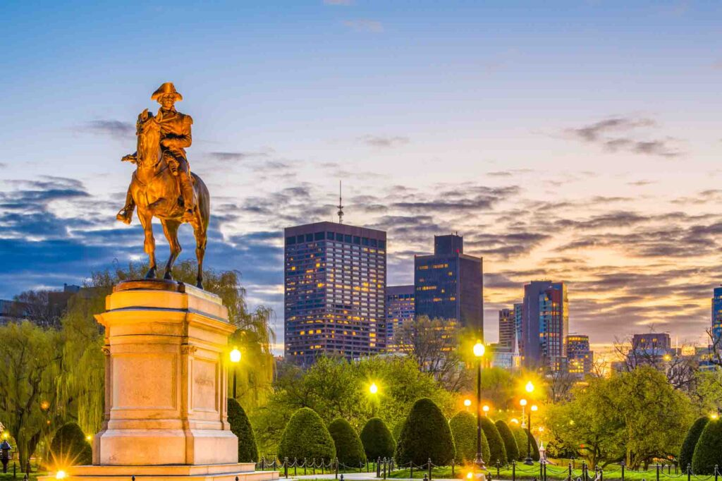 Picnicking in the Boston Commons is one of the romantic things to do in Boston