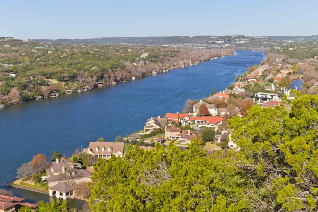 Hiking the Mount Bonnell Trail is one of the most romantic things to do in Austin