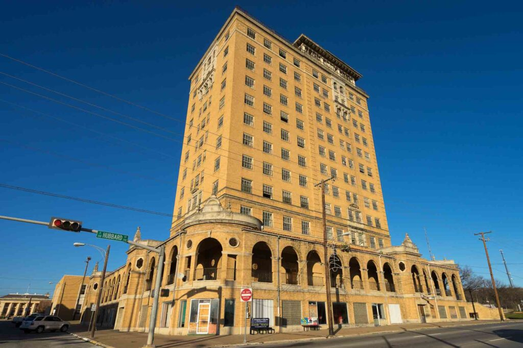 The Baker is an abandoned hotel in Mineral Walls and is one of the best road trips in Texas