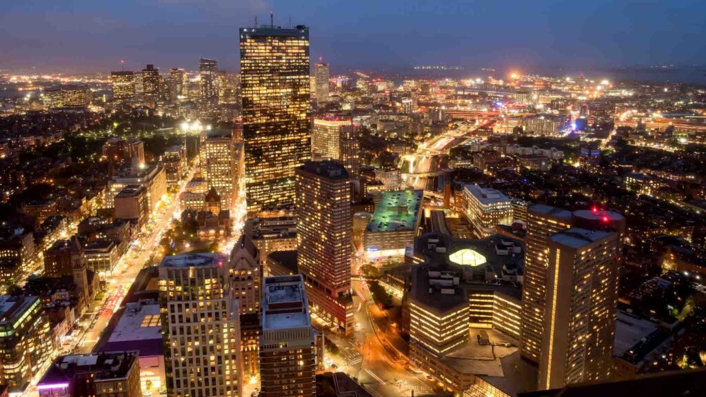 Visiting the Skywalk Observatory is one of the romantic things to do in Boston